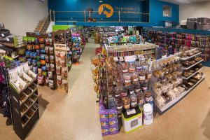 interieur magasin bouffe animaux